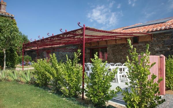 Une terrasse et pergola